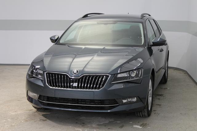 Skoda Superb Combi - Ambition PLUS DSG NAVI SHZ TEMPOMAT FRONT ASSIST