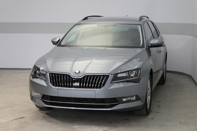 Skoda Superb Combi - Ambition PLUS NAVI XENON KESSY El.Heckklappe FRONT ASSIST