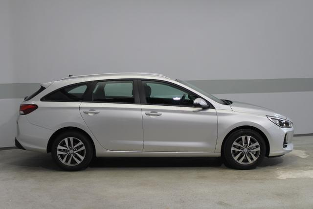 Hyundai i30 Kombi - STYLE KLIMAAUTOMATIK Rückfahrkamera BLUETOOTH ALU PDC TEMPOMAT