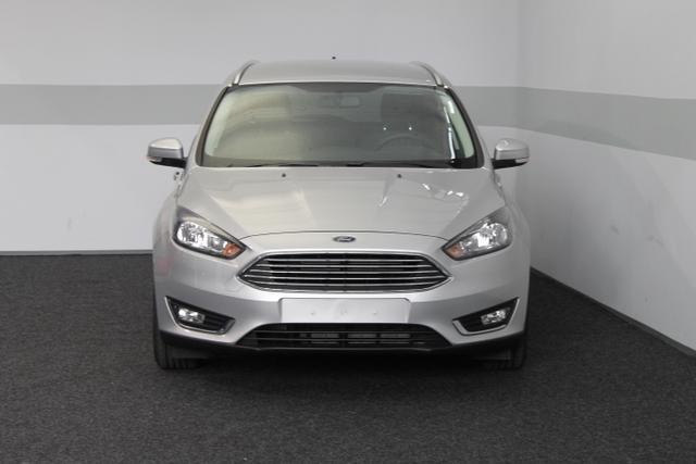 Ford Focus Turnier - TITANIUM SHZ KEYLESS KLIMAAUTOMATIK TEMPOMAT ALU