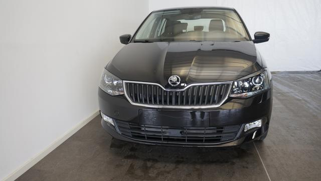 Skoda Fabia - III Ambition PLUS ALU/Bluetooth/MAXI DOT SHZ PDC TEMPOMAT SUN SET