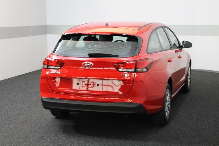 hyundai i30 wagon trend neues modell shz klima tempomat radio aeb