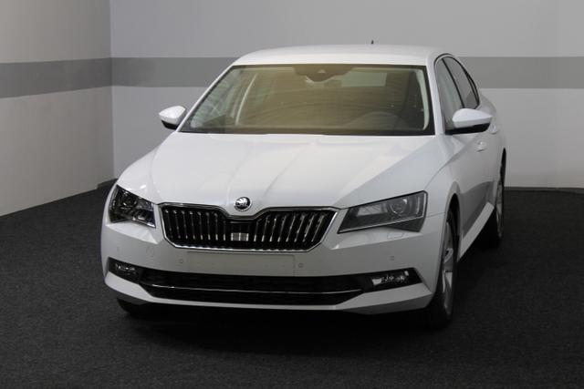 skoda superb autowelt simon eu neuwagen eu fahrzeuge. Black Bedroom Furniture Sets. Home Design Ideas