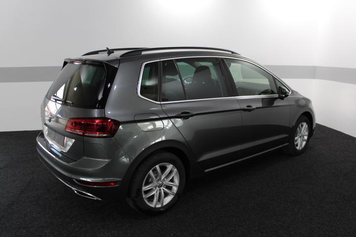 volkswagen golf sportsvan highline facelift navi led acc. Black Bedroom Furniture Sets. Home Design Ideas