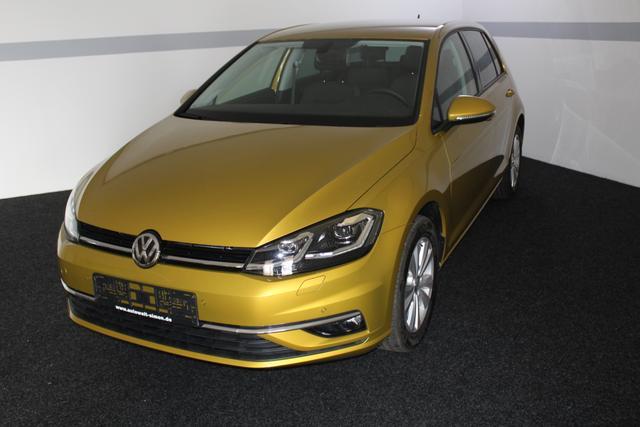 Volkswagen Golf - Comfortline LED ACC SHZ KLIMAAUTOMATIK PDC v+h Licht/Regensensor