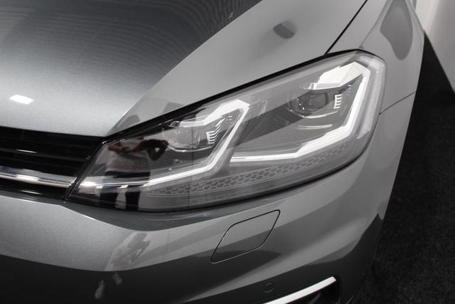 Volkswagen Golf Variant Highline NAVI LED ErgoActive ActiveInfoDIsplay RFK ACC SHZ DAB