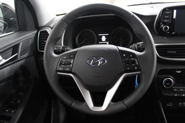 Hyundai Tucson STYLE NAVI KLIMAAUTOMATIK RFK TEMPOMAT BLUETOOTH LKS/SLIF