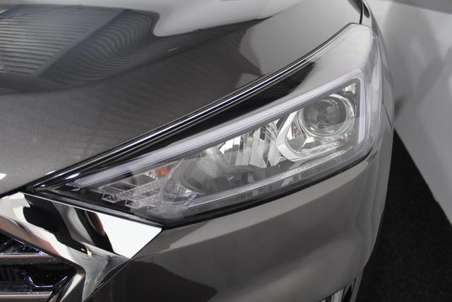 Hyundai Tucson STYLE NAVI PDC KLIMAAUTOMATIK SHZ DAB KRELL TEMPOMAT 18ALU