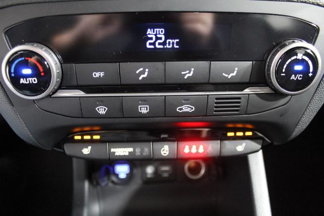 Hyundai i20 LIFE SHZ RADIO KLIMA EL.PAKET MF-LEDERLENKRAD