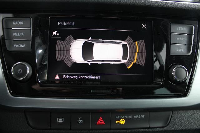Skoda Fabia Combi AMBITION PLUS KLIMAAUTOMATIK PDC v+h TEMPOMAT FrontAssist Bluetooth