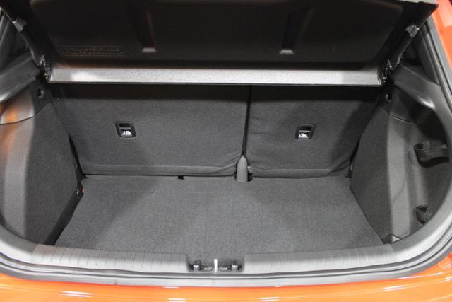 Hyundai i20 COMFORT TEMPOMAT SHZ PDC LDWS