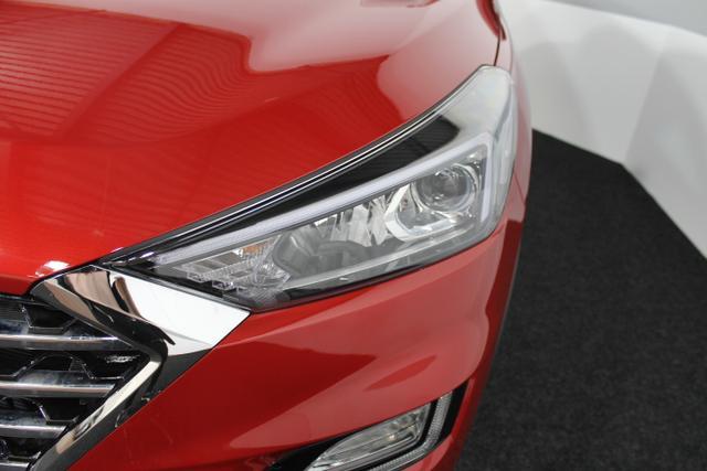 Hyundai Tucson PREMIUM NAVI KLIMAAUTO SUPERVISION RFK SHZ + LENKRAD-HZG TEMPOMAT BLUETOOTH
