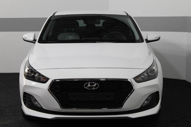 Hyundai i30 - TREND KLIMAAUTOMATIK TEMPOMAT SmartSense