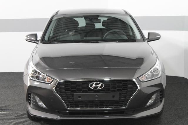 Hyundai i30 - TREND KLIMA Tempomat RADIO AEB DAA LKAS