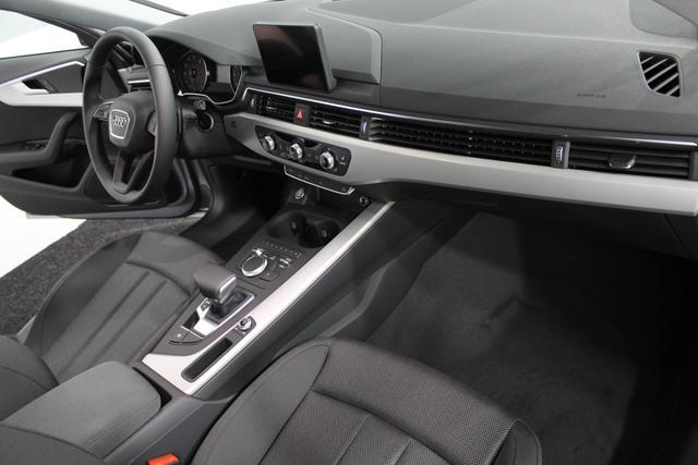 Audi EU A4 Avant 40 TFSI Prestige Tour S-Tronic XENON MMI NAVI SHZ FERNLICHTASSISTENT PDC v+h