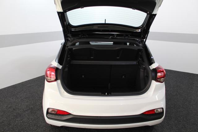 Hyundai i20 Design Edt. Schw. Dach 7`Display AC Bluetooth