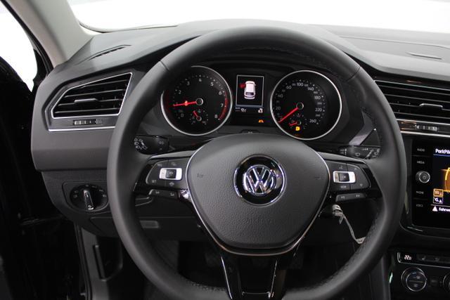 Volkswagen Tiguan Comfortline AHK, SHZ, APP, el Heckklappe...