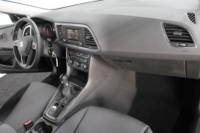 Seat Leon STYLE LED ACC SHZ PDC KLIMAAUTOMATIK LICHT/REGENSENSOR ALU