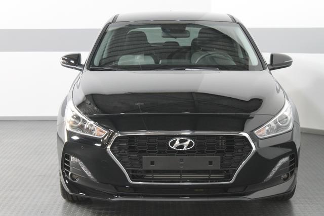 Hyundai i30 - PREMIUM NAVI PDC v+h KLIUMAAUTOMATIK TEMPOMAT RFK ALU