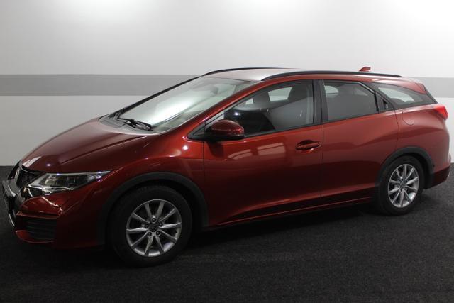 Gebrauchtfahrzeug Honda Civic Tourer - Comfort KLIMAAUTOMATIK TEMPOMAT SHK 8-fach bereift