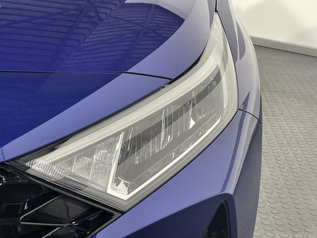 Hyundai i20 - STYLE PLUS LED Regensensor KLIMAAUTOMATIK PDC ALU