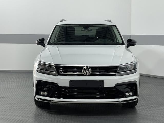 Volkswagen Tiguan - R-LINE EDITION 4-Motion BLACK LINE ACC SideAssist NAVI RFK ActiveInfoDisplay