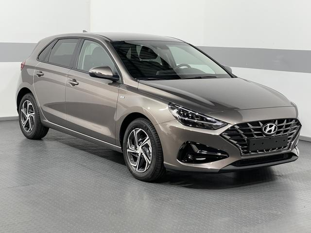 Hyundai i30 - STYLE PLUS LED KLIMAAUTOMATIK RFK PDC TEMPOMAT ALU