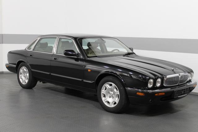 Gebrauchtfahrzeug Jaguar XJ - 4.0 Sovereign V8 TÜV05/23 PDC SCHIEBEDACH LEDER TEMP KLIMA