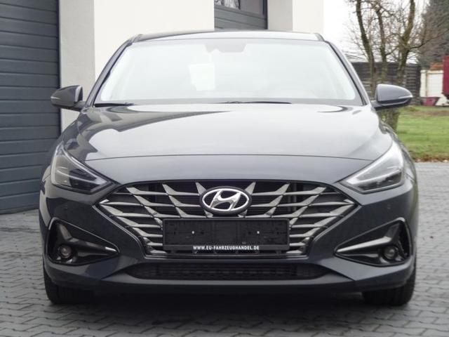 Vorlauffahrzeug Hyundai i30 Kombi - Select Comfort 1,5 T-GDi DCT7 48V-Mildhybrid 117KW