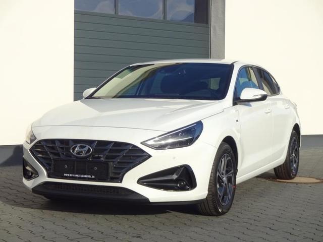 Vorlauffahrzeug Hyundai i30 Fastback - Select Comfort 1,0 T-GDi iMP 48V-Mildhybrid 88KW