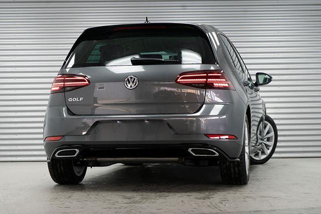 Volkswagen Golf - 1,5 ACT TSI DSG R-Line