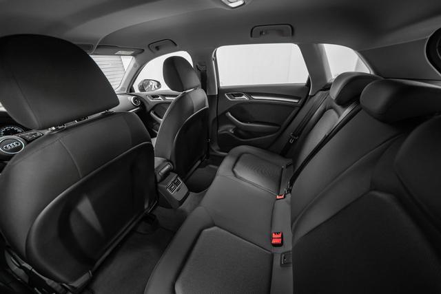 Audi A3 35 TFSI S-tronic Basis - LAGER