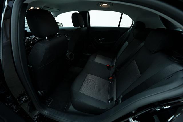 Mercedes-Benz A-Klasse A 180 6-Gang-Schaltgetriebe Basis - LAGER