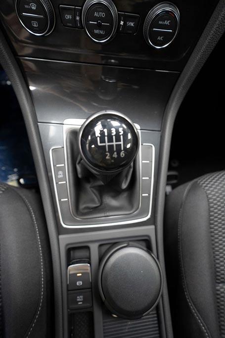 Volkswagen Golf 1,0 TSI Trendline - LAGER