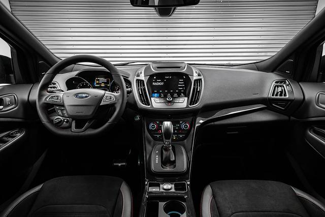 Ford Kuga 1,5 EcoBoost 4x4 AT ST-Line - LAGER