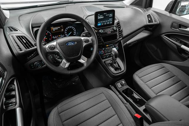 Ford Grand Tourneo 1,5 TDCI AT Connect Titan - LAGER