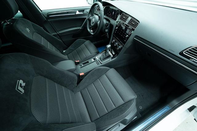 Volkswagen Golf 2,0 TSI 4Motion DSG R - LAGER