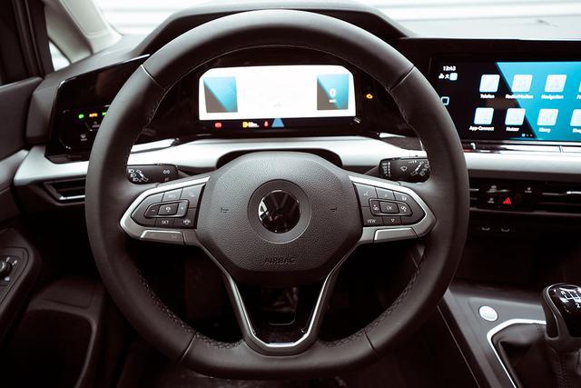 Volkswagen Golf - VIII 1,5 TSI Life - LAGER Lagerfahrzeug