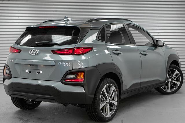 Hyundai Kona    1,6 T-GDI 4WD AT Premium