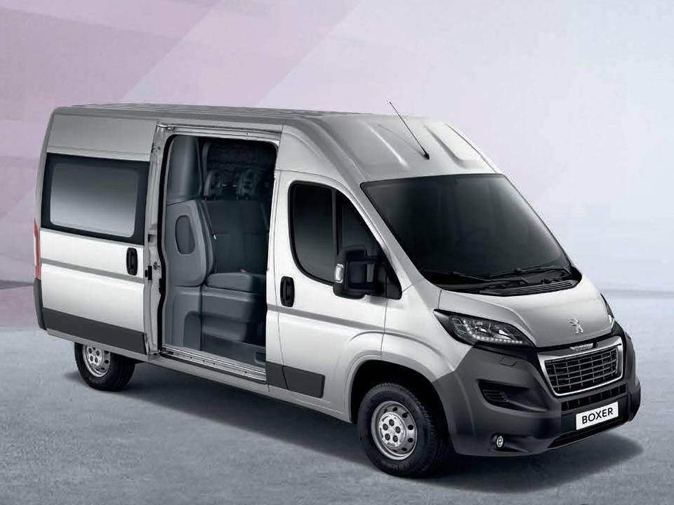 peugeot boxer twincab l4h2 435 hdi 110kw 160ps edition bei euroautopool gmbh in neufinsing. Black Bedroom Furniture Sets. Home Design Ideas