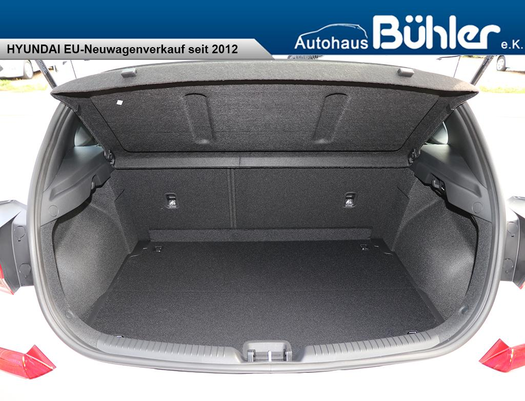 Hyundai i30 Pure - polar white