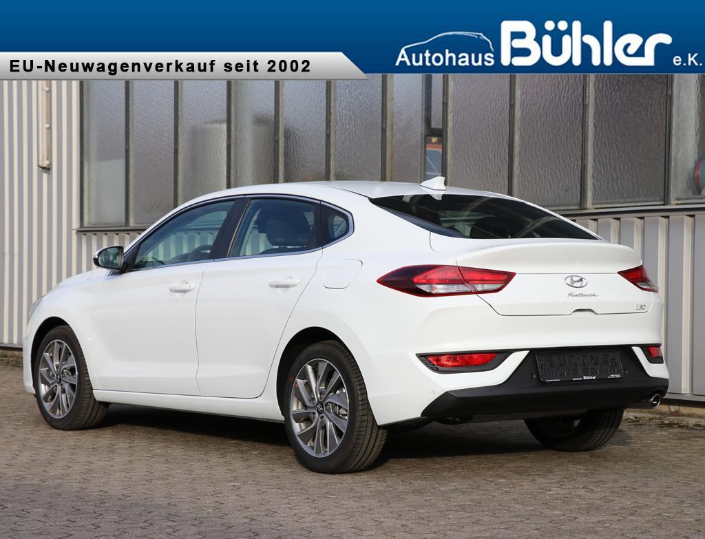 Fastback 1.4T-GDI Trend - polar white