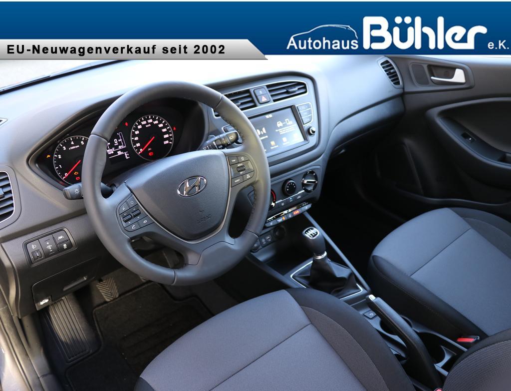 Hyundai i20 1.2 Trend - polar white