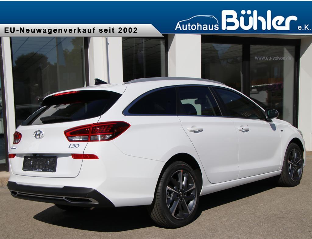Hyundai i30 Kombi 1.5 T-GDI DCT Mild Hybrid Premium - polar white