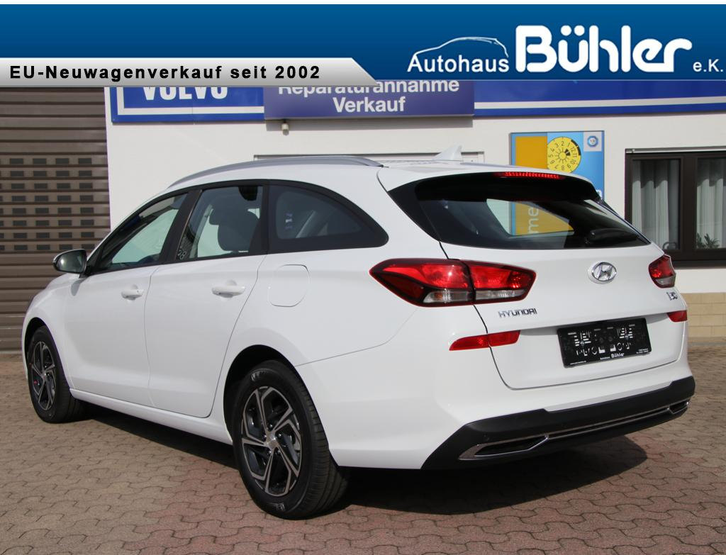 Hyundai i30 Kombi Select Plus - Polar White