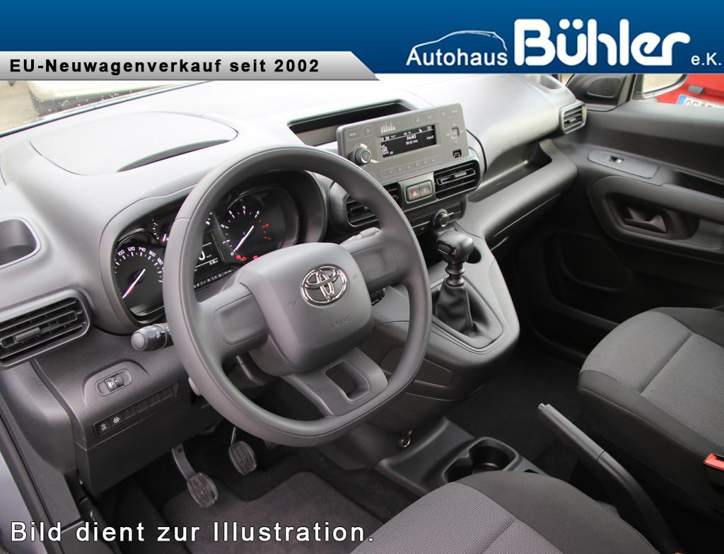 Toyota Proace City Verso Combi Interieur L2 - DEMO
