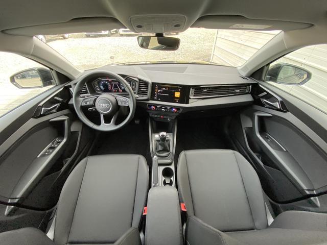 Audi A1 A1Sportback S line 30 TFSI - LED Klimatronic PDC