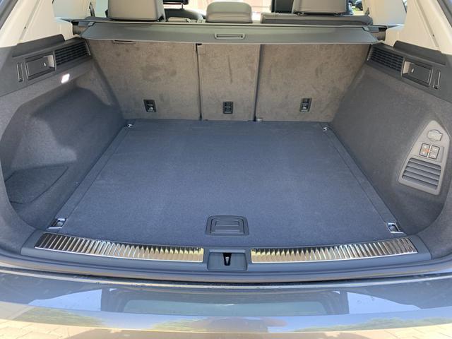 Volkswagen Touareg Elegance V6 3.0TDI 170kW/231PS - Innovations Cockpit Sky Paket