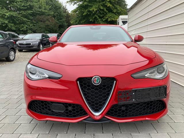 Lagerfahrzeug Alfa Romeo Giulia - Veloce 2.0 Turbo AT8 4x4