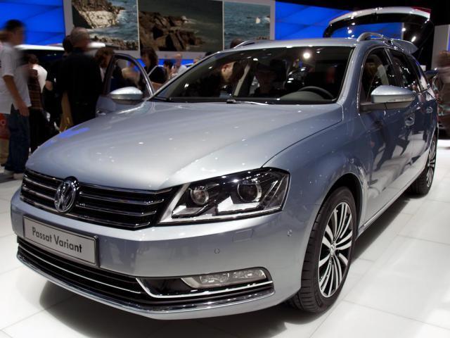 Volkswagen Passat Variant    Highline 2,0TDI CR DPF 103kW (...